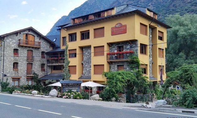 Hotel Castellarnau, a Valls d'Àneu