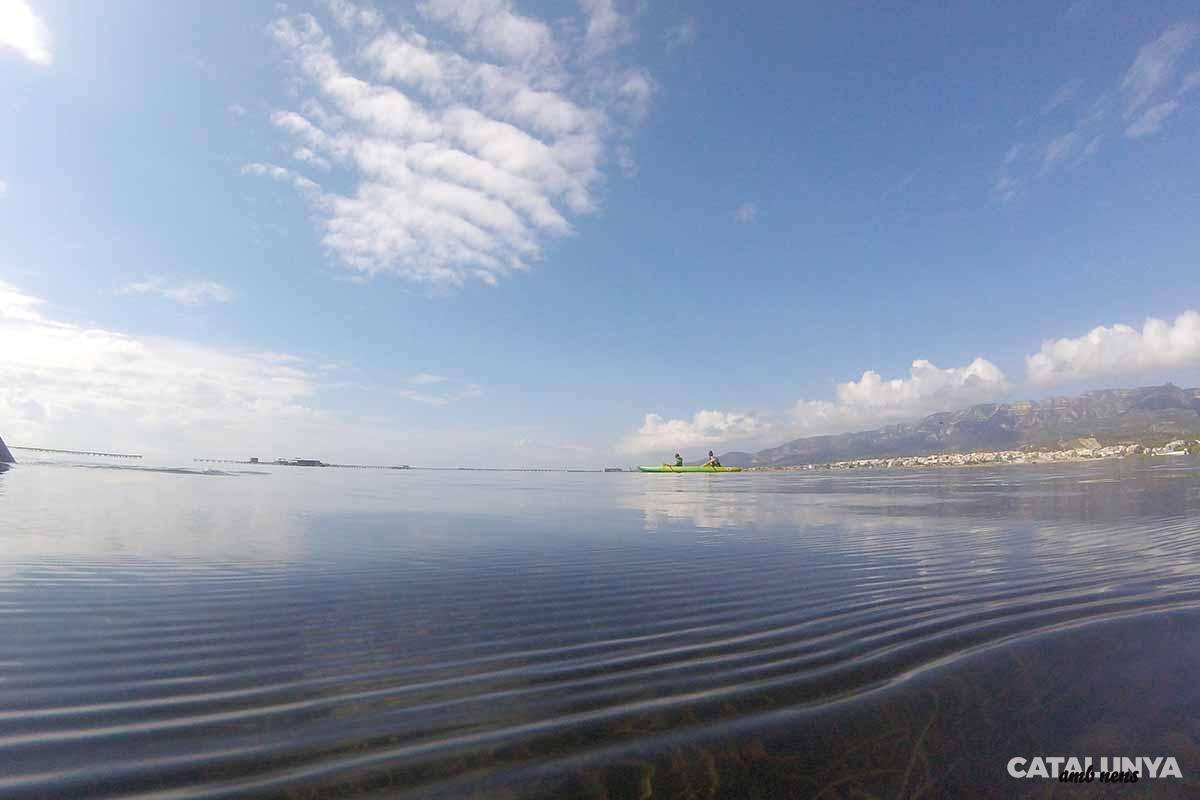 La Badia dels Alfacs amb el mar ben tranquil