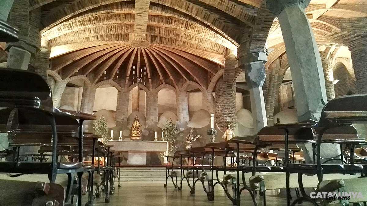 Interior de l'església