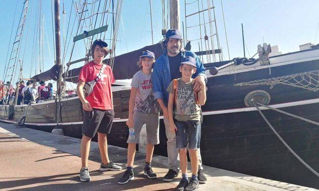 Sortida nàutica familiar amb el Quetx Ciutat de Badalona per la costa catalana